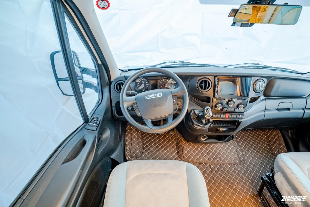 洲际旅行版 驾驶舱