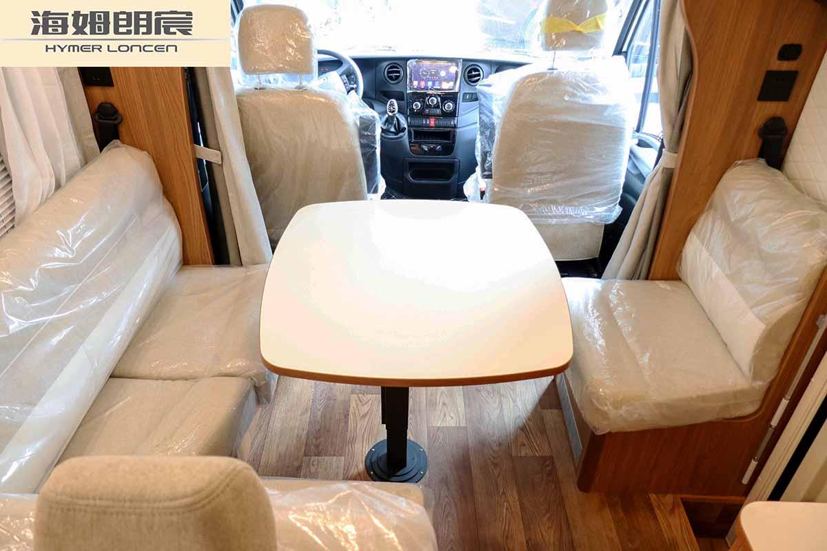 2 海姆朗宸T60依维柯C型房车.jpg