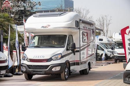 舒适而温馨的一家人出游就选它,的全新国六瑞弗V820已到店。