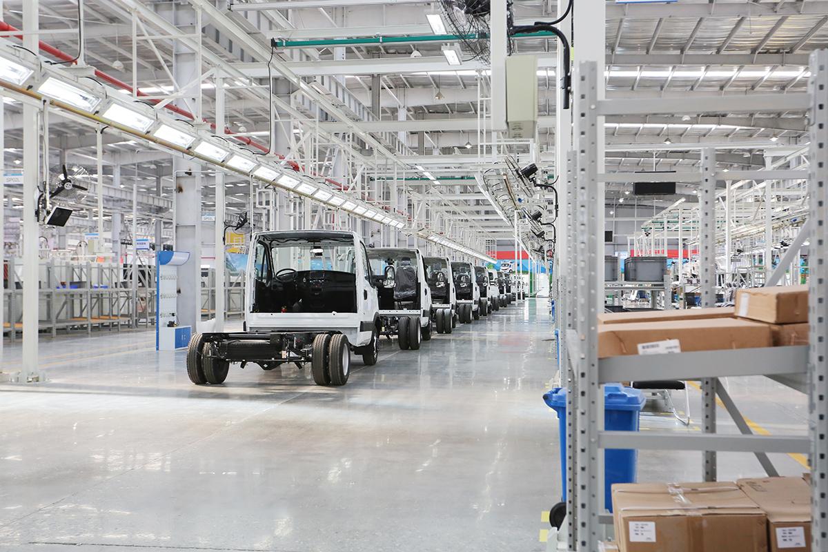 为什么建议购车一定要看工厂?99%购车用户少走了弯路
