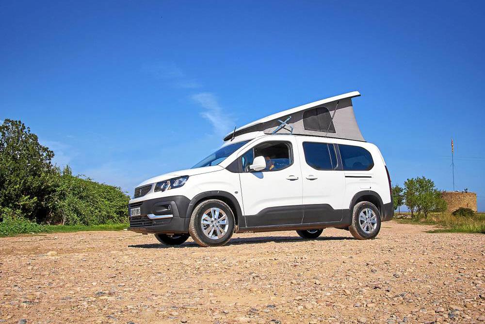 标致汽车推出7座露营车!上下班代步还能睡4个人,欧洲卖2.5万元