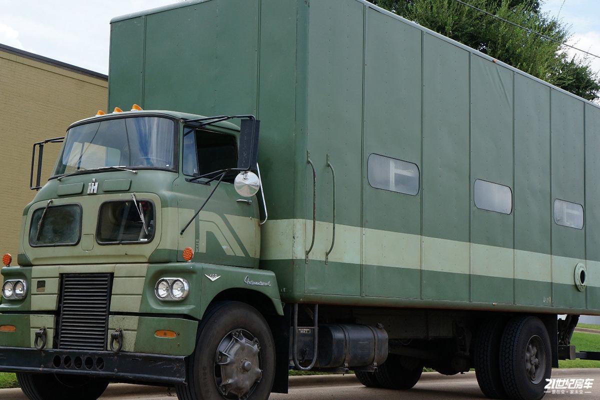 比MAN房车回头率高,这台美国重卡房车你肯定没见过!
