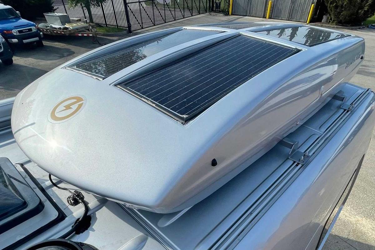 mercedes-sprinter-4x4-camper-by-creative-mobile-interiors-exterior (3).jpg