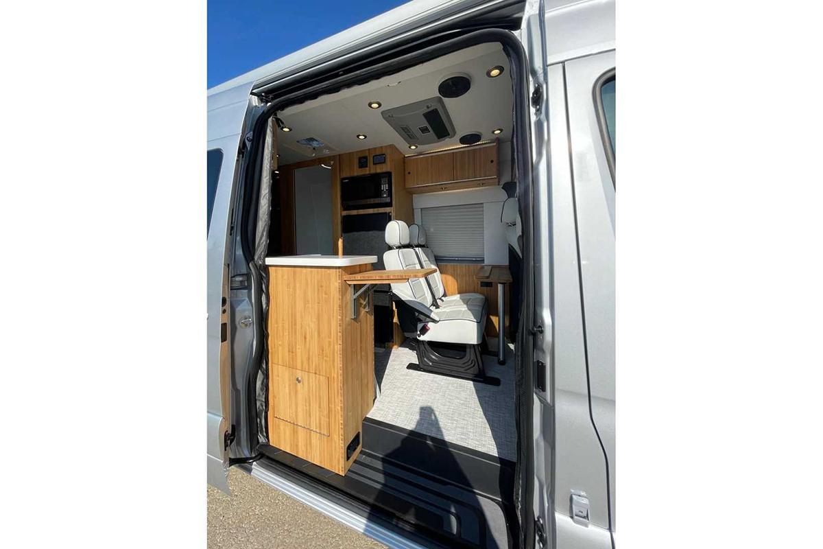 mercedes-sprinter-4x4-camper-by-creative-mobile-interiors-interior (4).jpg