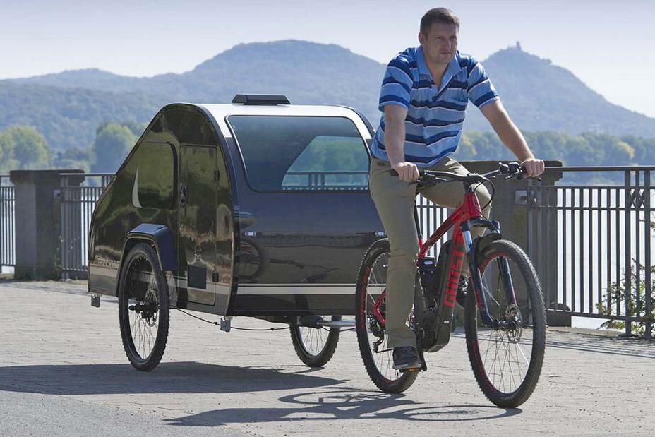 真实用还是搞噱头?只有50公斤的自行车拖挂房车,5000块就能拥有