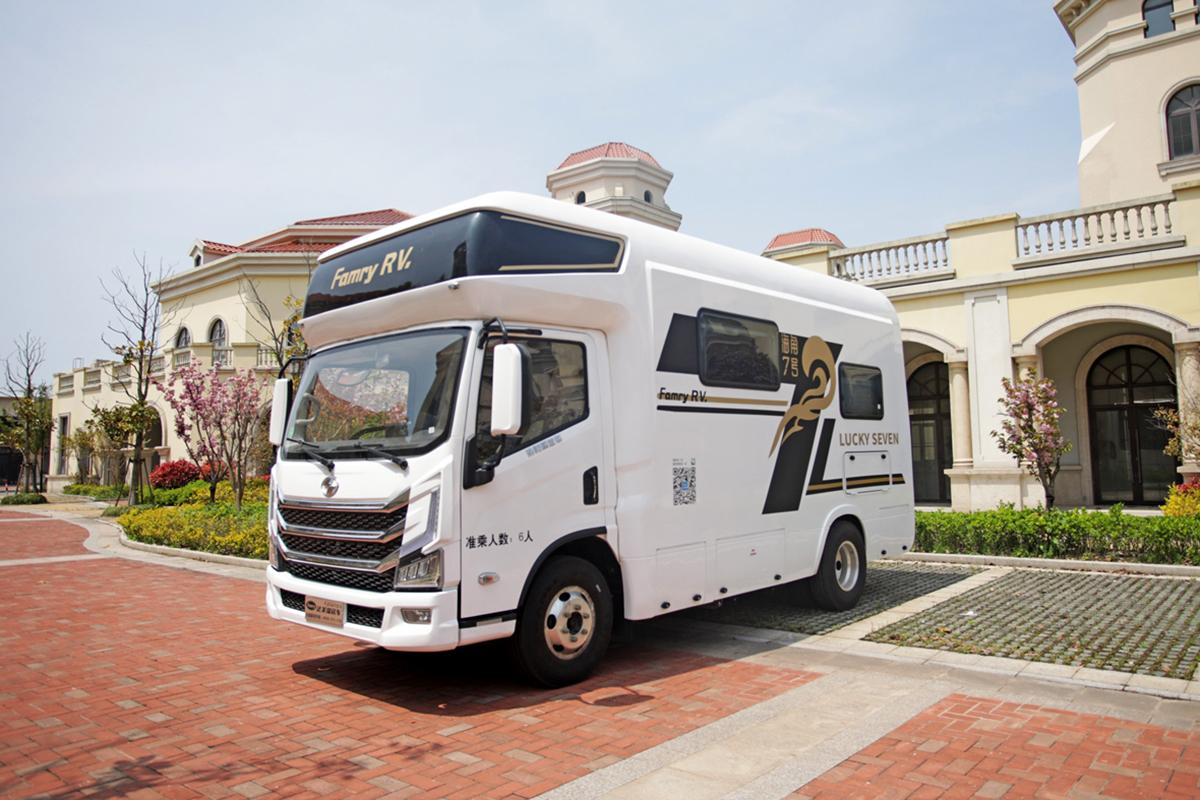 48V能源供给/初代网红平头卡车 法美瑞海角7号全系房车震撼亮相